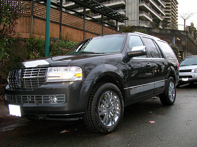 Lincoln Navigator Limo Pictures. View other Limousines and